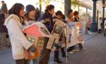 Habitat for Humanityの募金活動の写真
